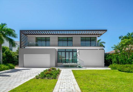 3260 NE 165th St,North Miami Beach