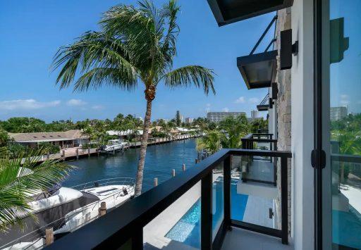 2817 NE 35St Fort Lauderdale
